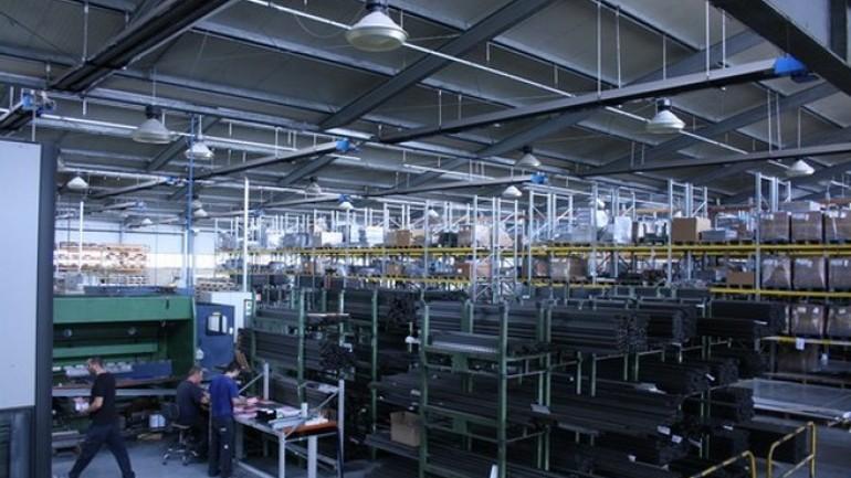 La Fortezza Scaffalature Industriali.Riorganizzare La Linea Di Produzione Grazie Al Wms Di Replica Sistemi